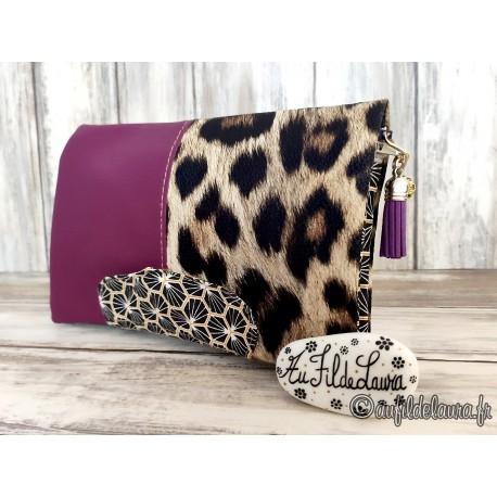 Portefeuille femme simili cuir prune et imprimé fourrure de léopard
