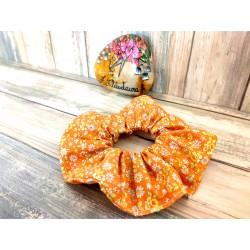 Chouchou cheveux orange à petites fleurs colorées