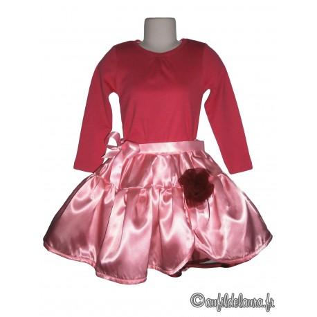 Jupe satin rose pâle doublée de tulle bordeaux