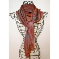 Foulard mousseline de soie rouge foncé