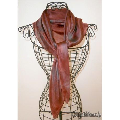 Foulard mousseline de soie rouge foncé - Aufildelaura 4c41053f48b
