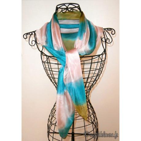 Foulard mousseline de soie bleu